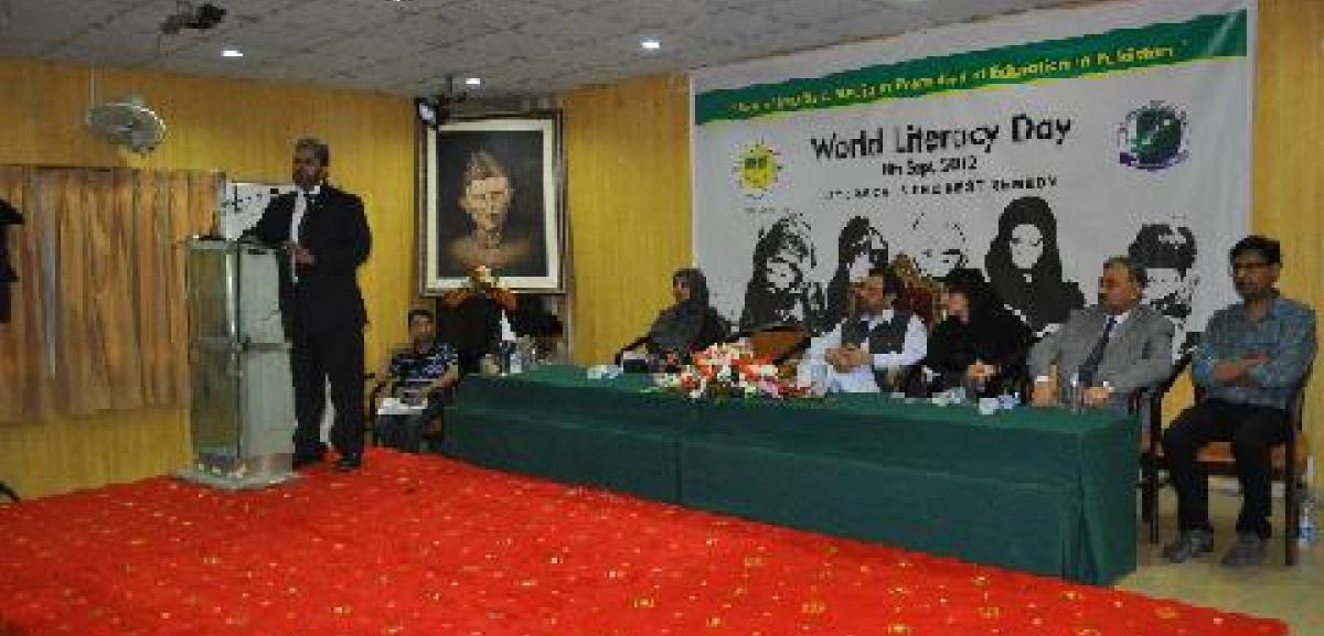 Khobaib Vahedy, Muslim Aid Pakistan Country Director addressing the International NGOs Forum