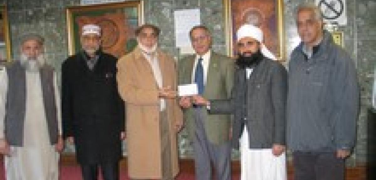 Ilford Islamic Centre gives generously to save lives in Balochistan