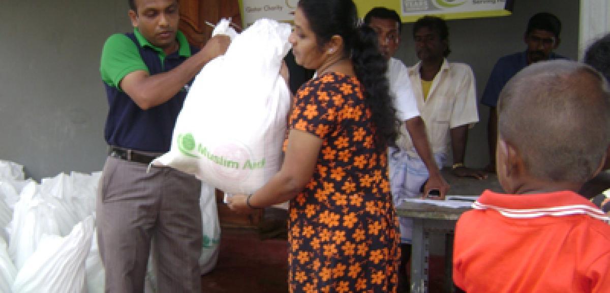 Food packs being distributed by Muslim Aid staff